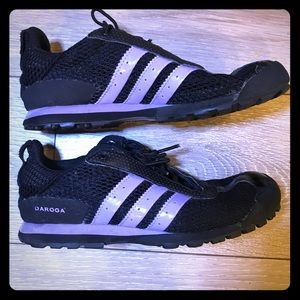 Adidas black Daraga shoes